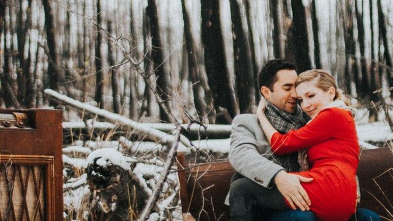 Winter Kelowna Engagement Photographer Okanagan Barnett Photography