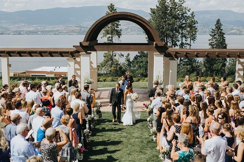 Cedar Creek Estate Winery Wedding Photographer