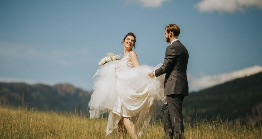 Shylynn Ranch Wedding Hayley Paige Kelowna Vernon Salmon Arm