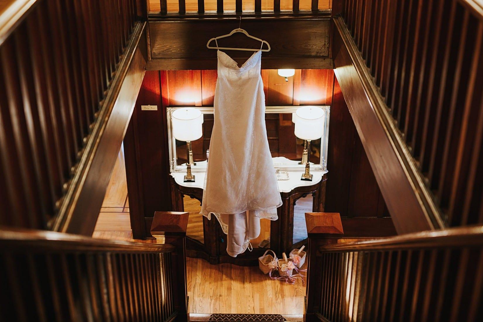 Off the Grid Winery Wedding Kelowna Photographer Okanagan Vineyard Ceremony Bridal Dress