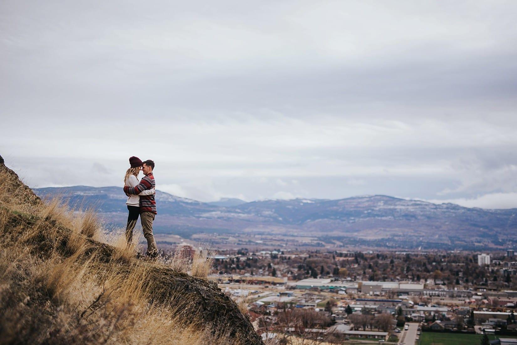 Knox Mountain Engagement in Kelowna