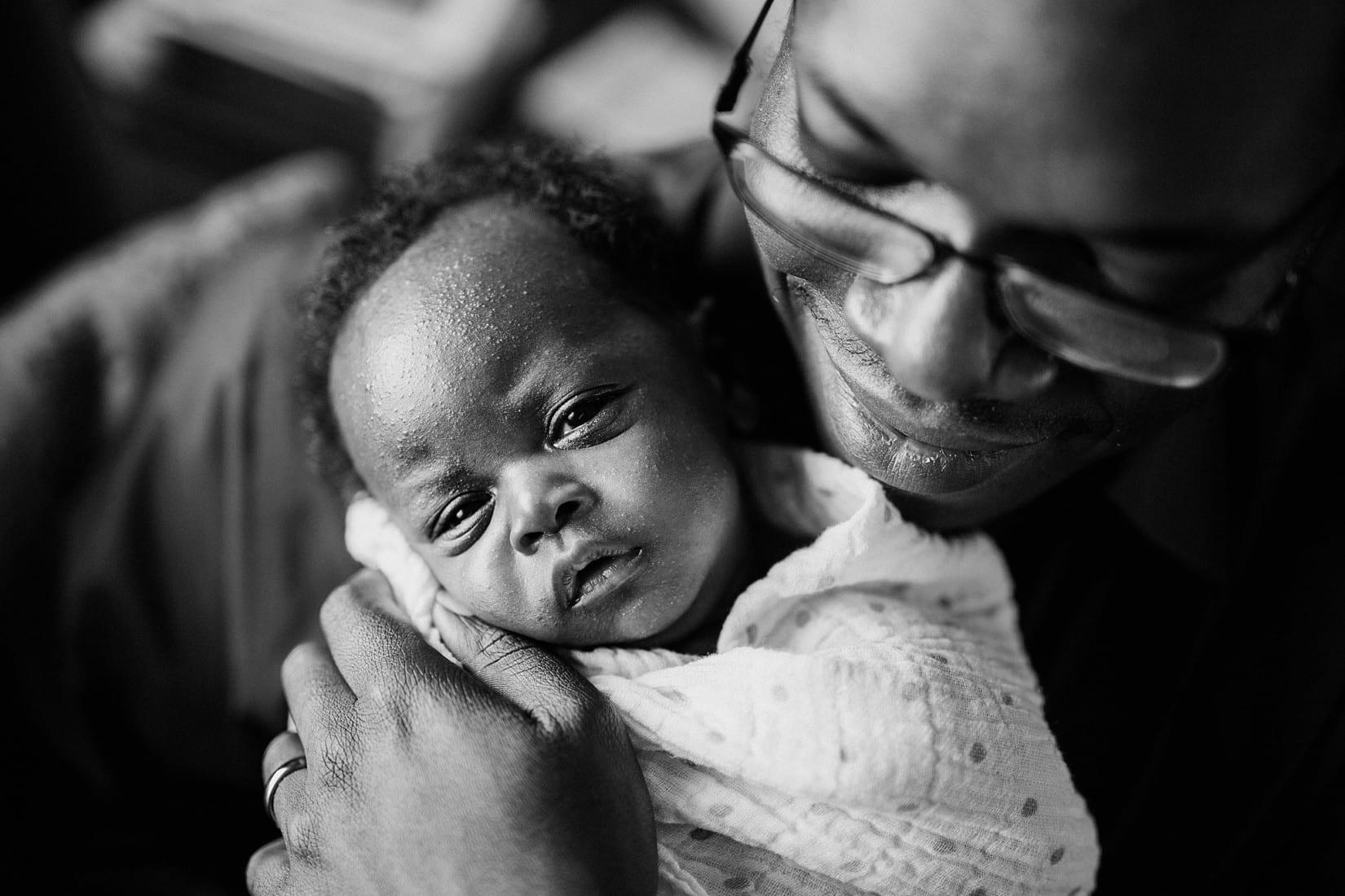 Kelowna Newborn Photographer KGH Barnett Photography_3016