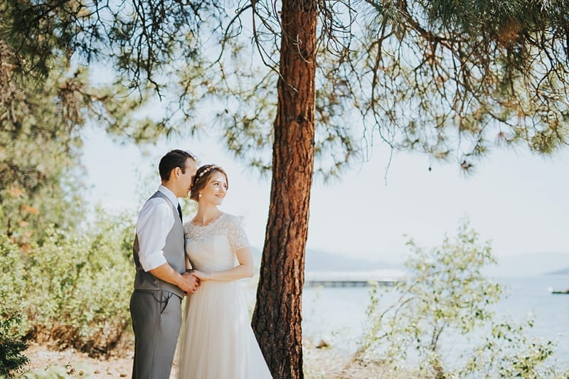 57Kelowna Photographer Okanagan Wedding Photography Backyard