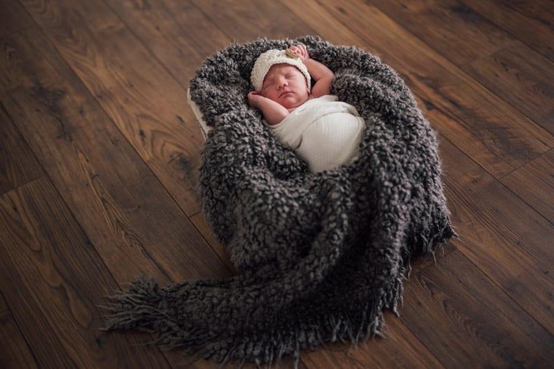 Kelowna Newborn Photographers_0283