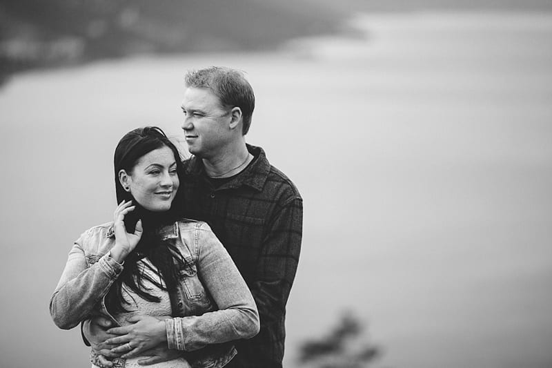 Kelowna Photographer Knox Mountain Engagement Photography Okanagan_3032