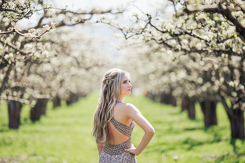 Kelowna Photographer Okanagan Grad Prom Photography Orchard Blossoms British Columbia_2533